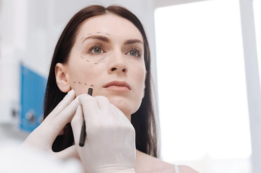 Chirurgia ricostruttiva del viso a Pordenone e Trieste